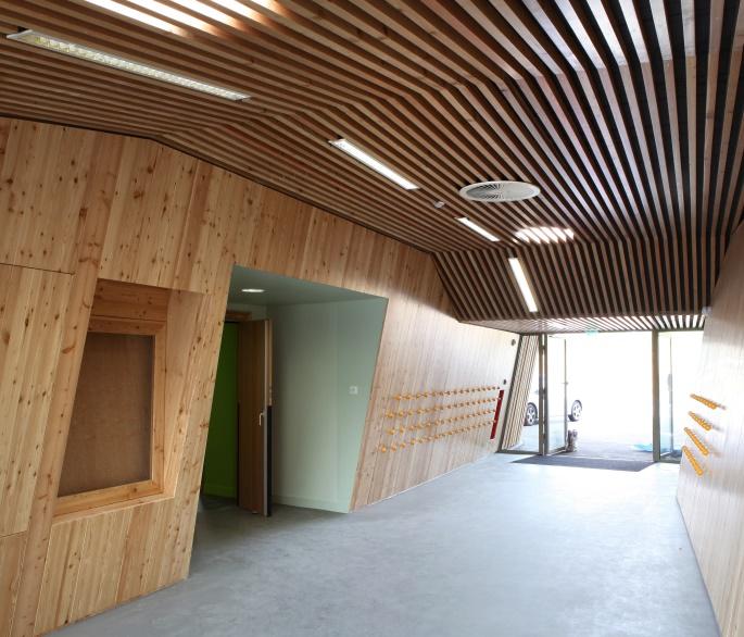 construction ecole vue interieure hettange grande abc decibel acousticien paris ile de france gerard kotingan