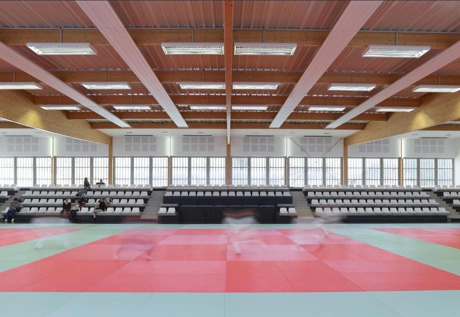 Construction du pôle sportif à Epernon